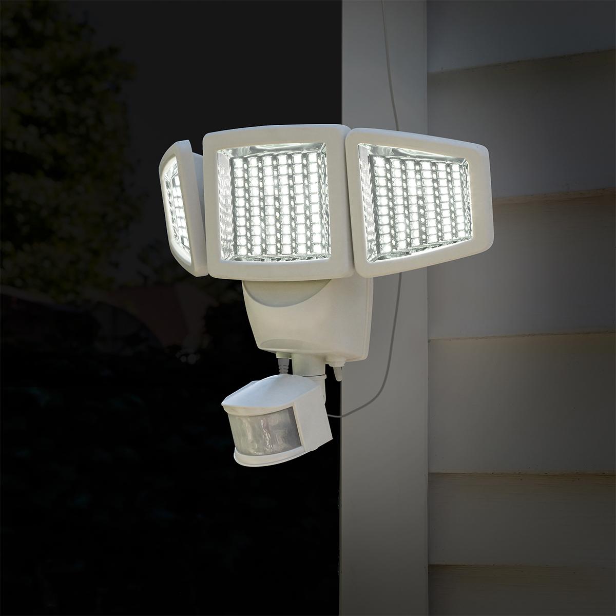 Sunforce LED 太陽能智慧照明燈